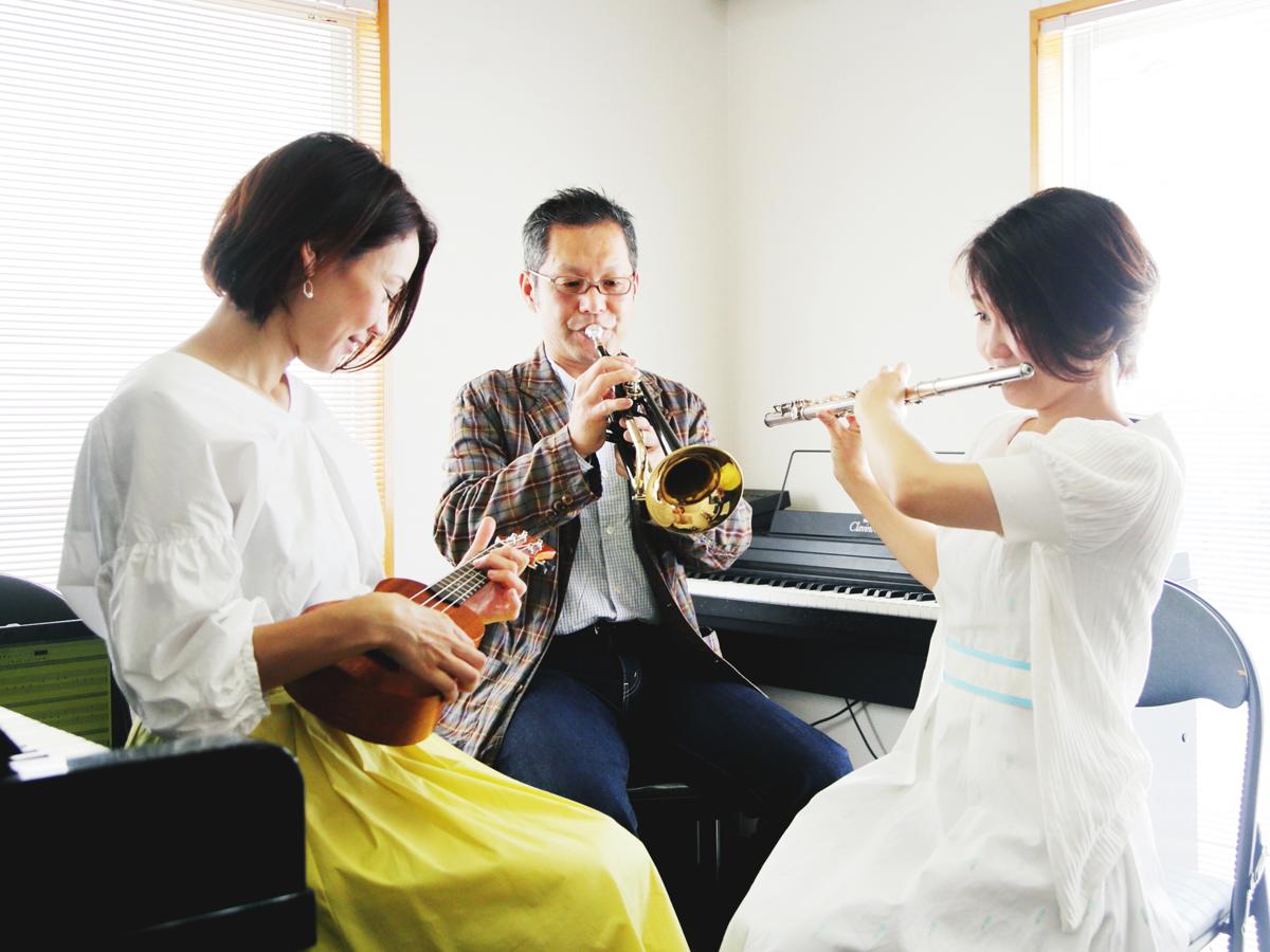 堀川ミュージックスクール 生徒様同士で演奏